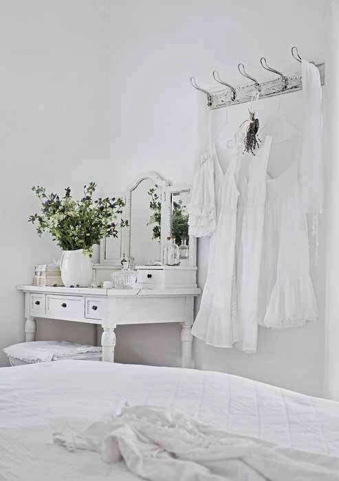 shabby-chic-white-interior-11
