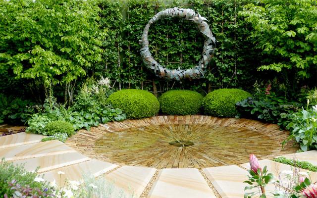 the-time-in-between-garden-charlie-albone