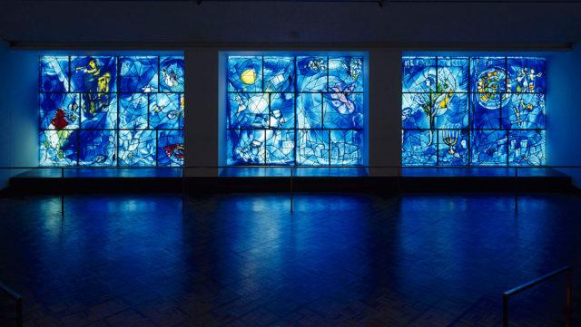 marc-chagall-america-windows-chicago-art-institute